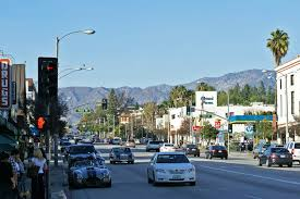 A picture of a street in Pasadena, South Pasadena.
